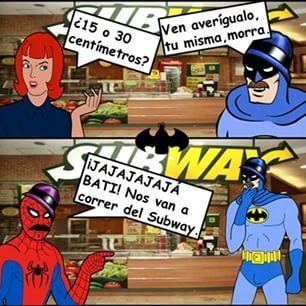ese batman es un loquillo en el subway - meme