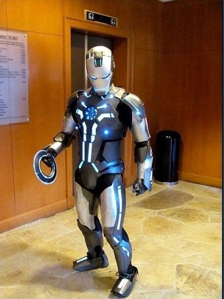 Iron Man +  Tron - meme
