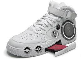 chaussures super sonic - meme