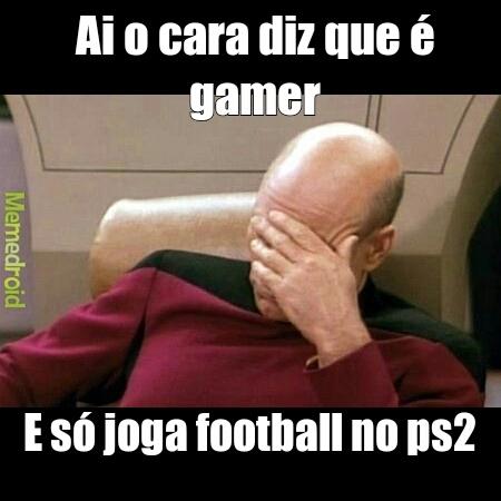 Gamer poser - meme