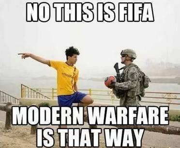 FIFA vs PES & MW vs CoD - meme